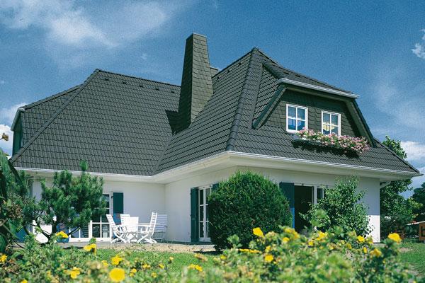 kosten neues dach mit dachstuhl dachstuhl wird angehoben with kosten neues dach mit dachstuhl. Black Bedroom Furniture Sets. Home Design Ideas